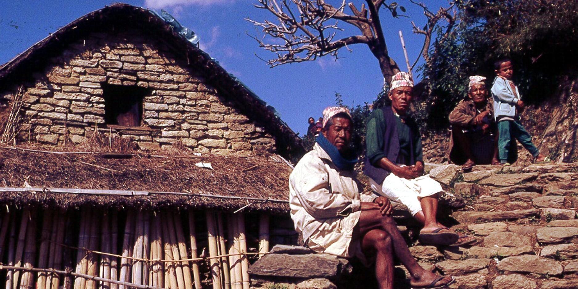 lespar-village-elders-1875x1250