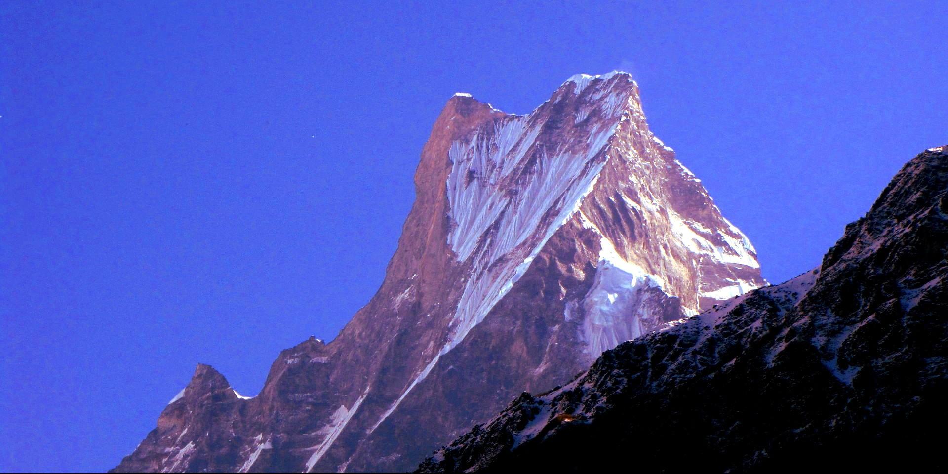 machhapuchhare-peak-1920x1078